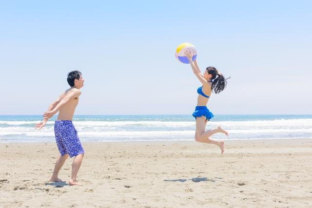 【遊ぶ・出かけるを意味する英語】hang outの意味と正しい使い方