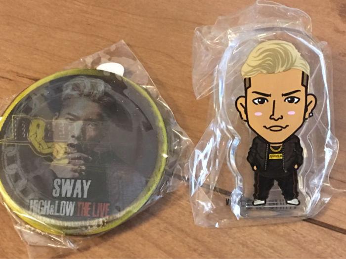 SWAY/野替愁平の缶バッチとクリーナー
