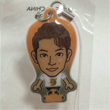 P-CHO/長野祐仁の缶バッチとクリーナー